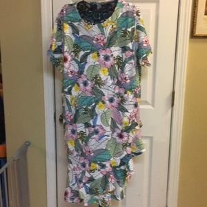 Size 3X floral print dress. New with tags